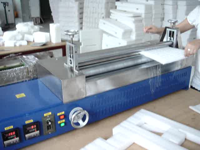 Gluing Machinery Hot Melt Glue Making Machine Hot Melt Glue Applicator Machine
