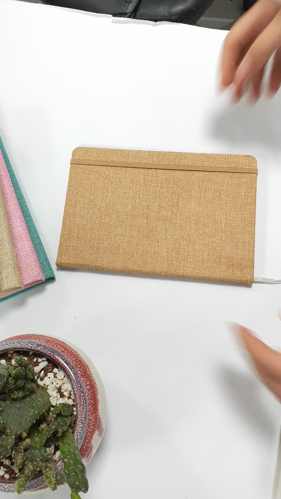 Grosir Disesuaikan Ukuran Cetak Dijahit Kerajinan Handmade Kain Penutup Linen Kertas Notebook