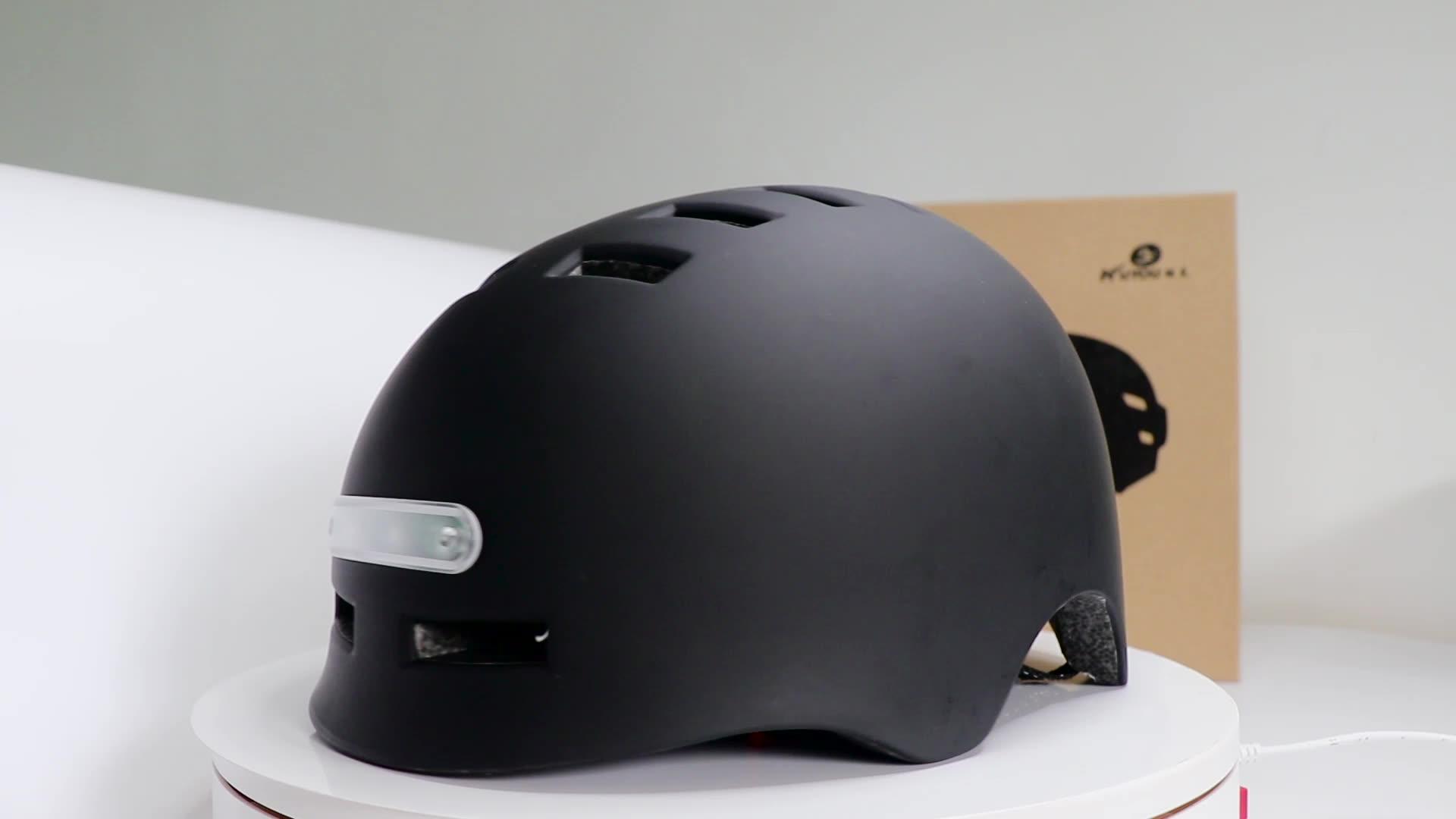 Cycling Bicycle Helmet MTB Road Bikes Helmets Warning Light Flash Headlight Safety Helmet for Adult Kids Night Riding Protect