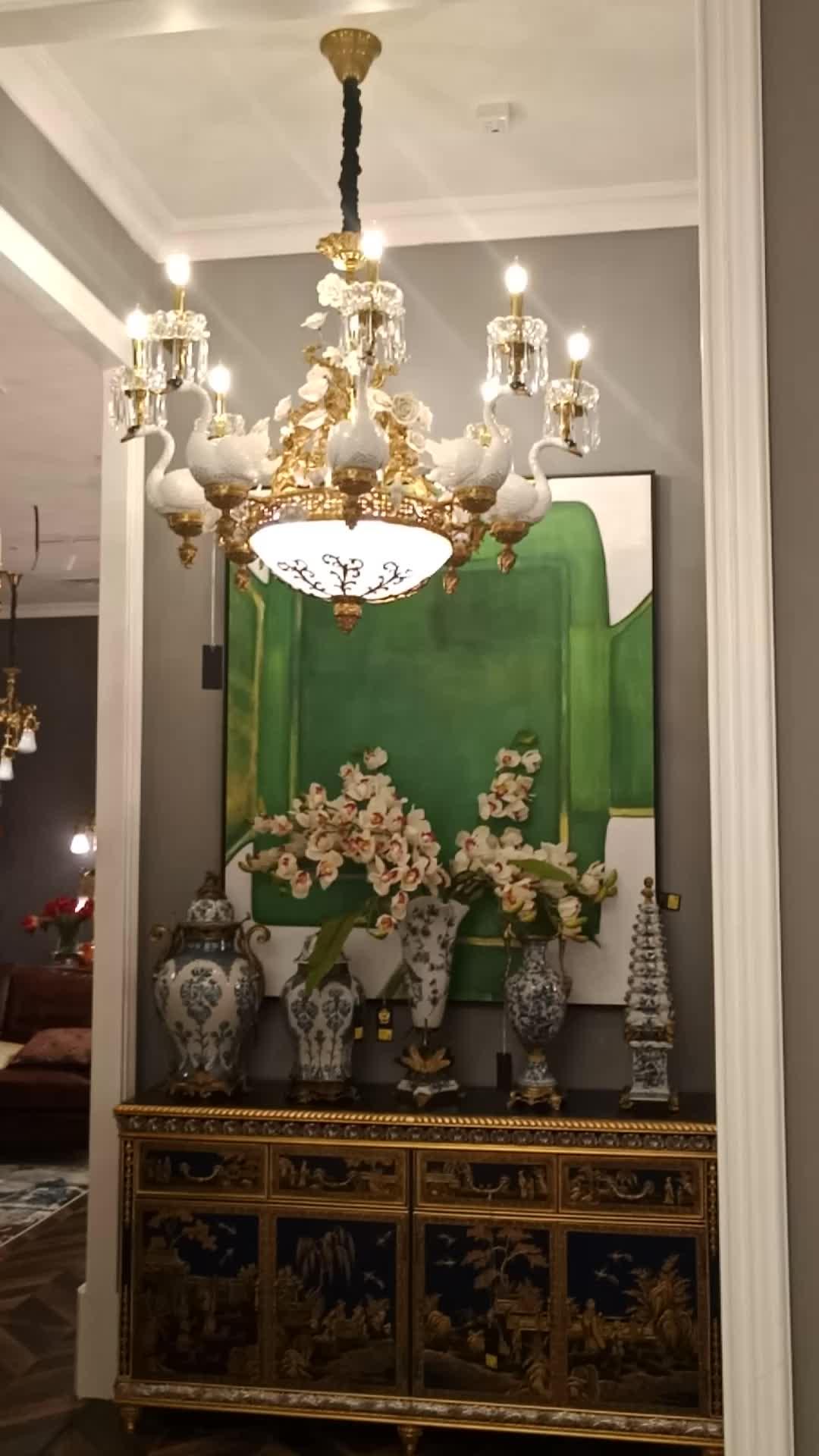 Vintage classic francese di lusso cigno di ceramica candela lampadario in ottone ha condotto la luce di cristallo lustro lampada a sospensione per la royal palace hotel