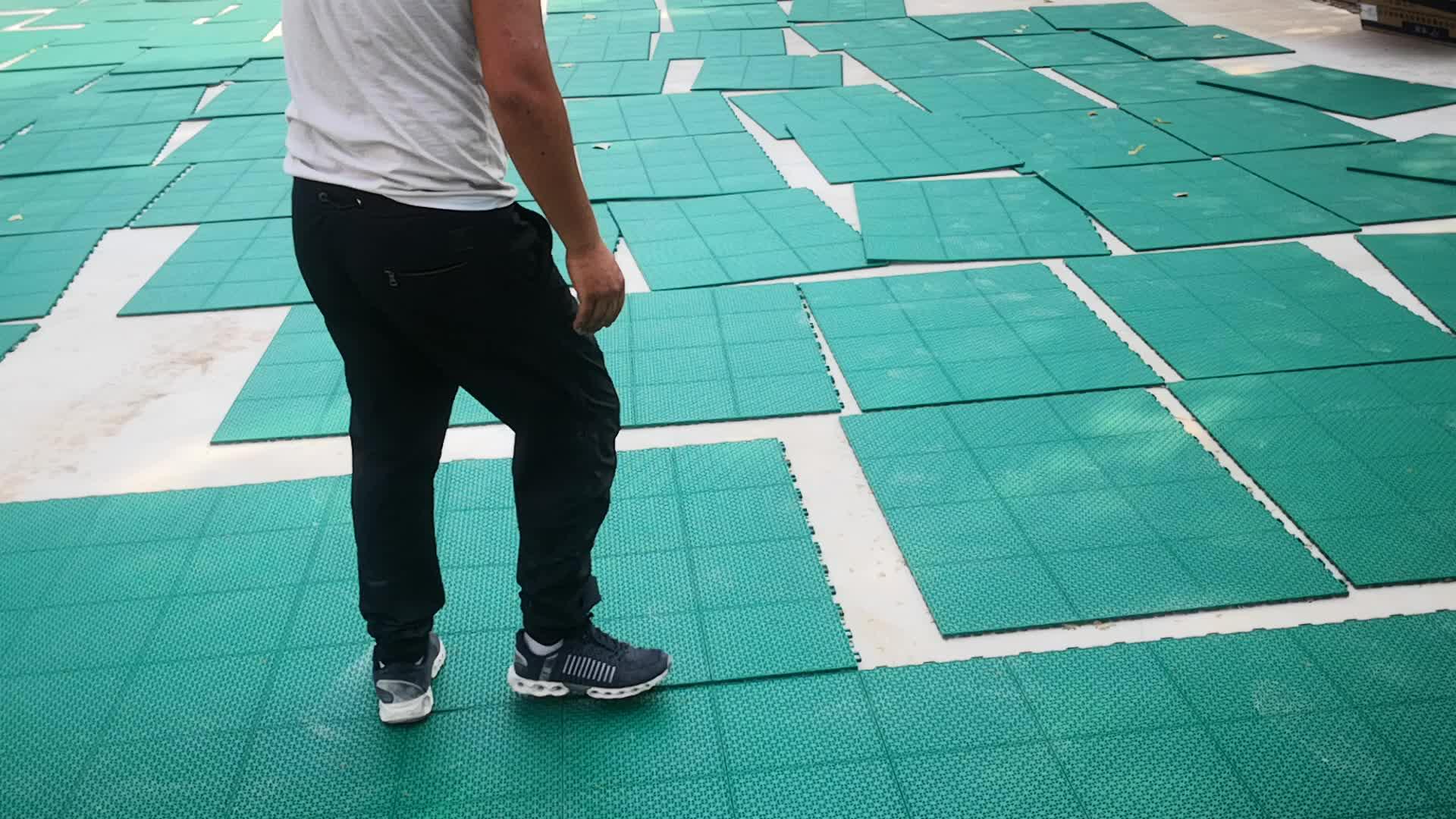 Outdoor Grijpende Plastic Sport Vloertegels Voor Tennisbaan