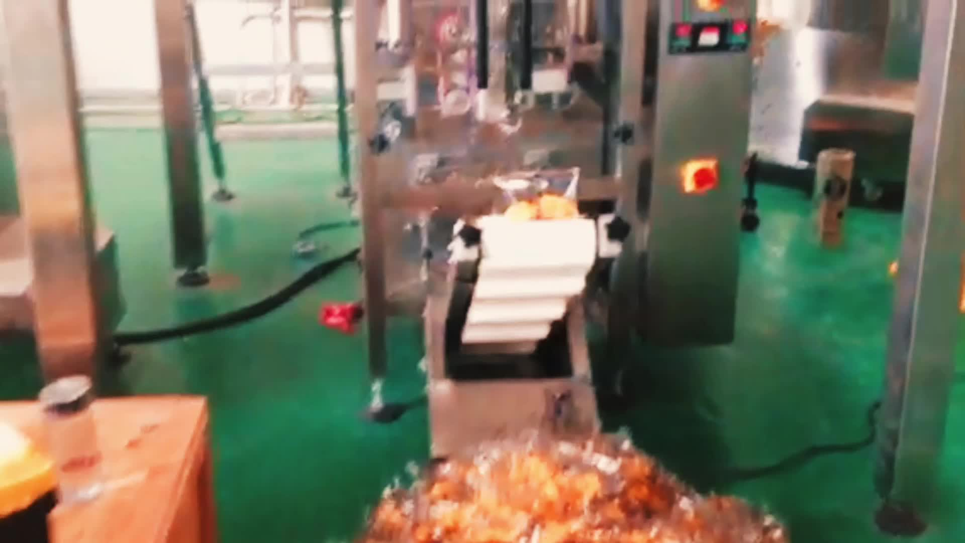 Vffs date printing plastic bag chips peanuts automatic packaging machine