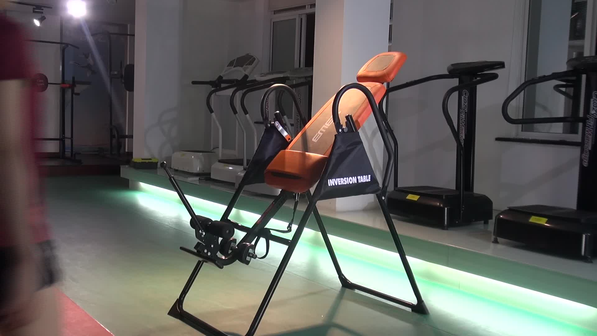 new type Extreme Performance Inversion Therapy Table Inversion Chair