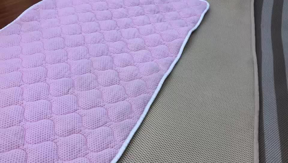 Nệm Đánh Dấu Vải Nhung Cho Sofa Đồng Bằng Lưới Bé Chơi Mat
