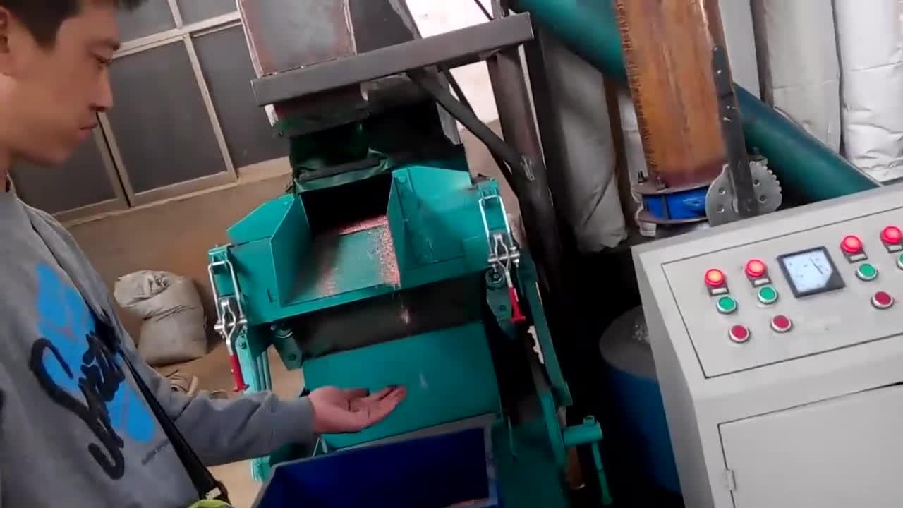 इस्तेमाल किया तांबे एल्यूमीनियम केबल तार रीसाइक्लिंग मशीन/रेडिएटर विभाजक