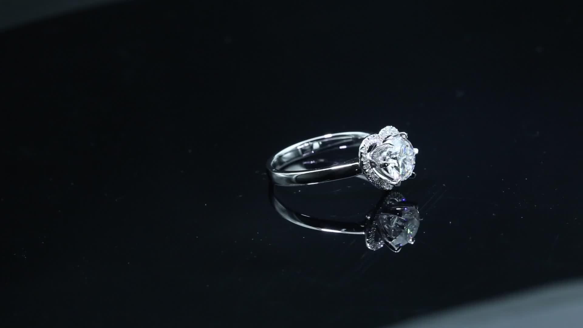 18K White gold Heart shape Factory Forever Love 6Prong setting Moissanite ring