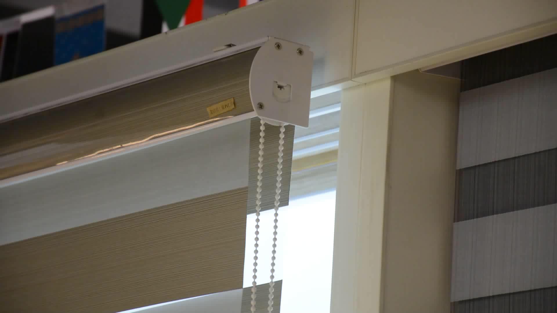 Persianas de vidrio resistentes al calor de ventanas populares de KYOK, china de barras de cortina hechas