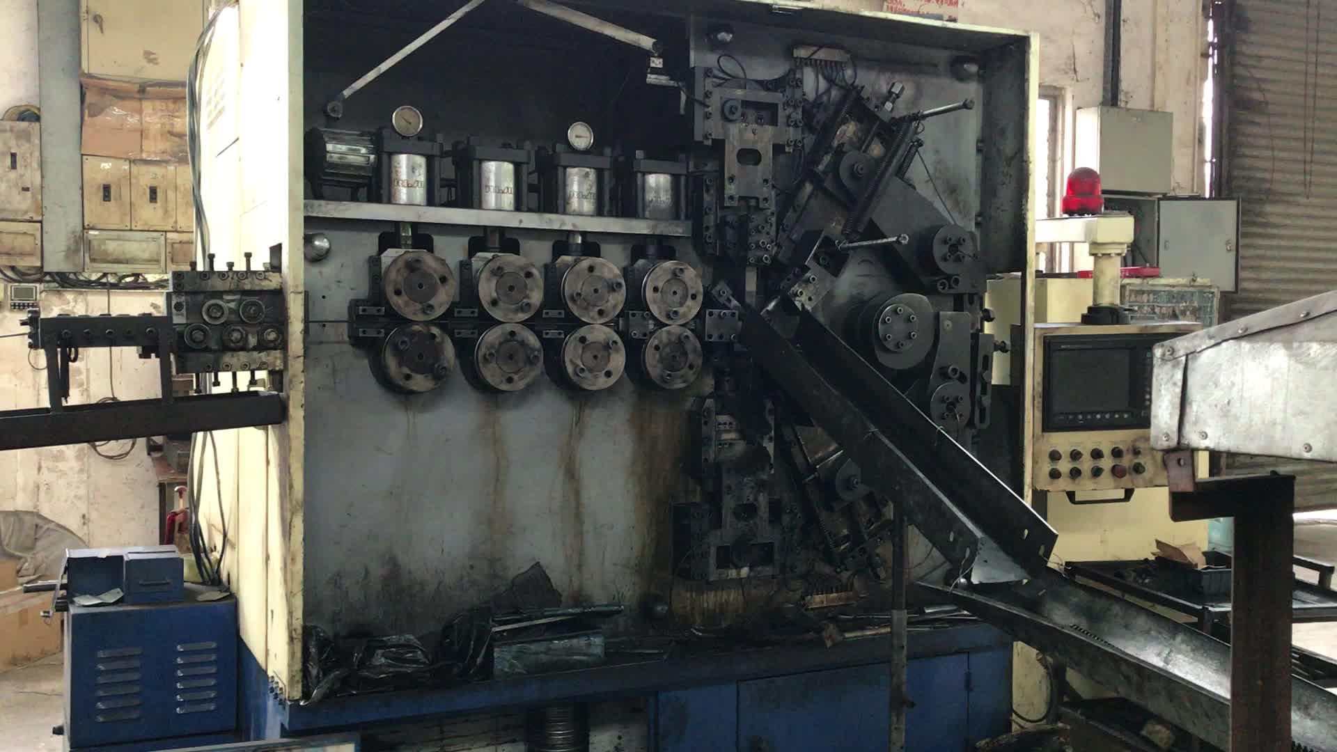 OEM/ODM 0,1 мм-12 мм катушка из углеродистой стали Пружина сжатия с крюком