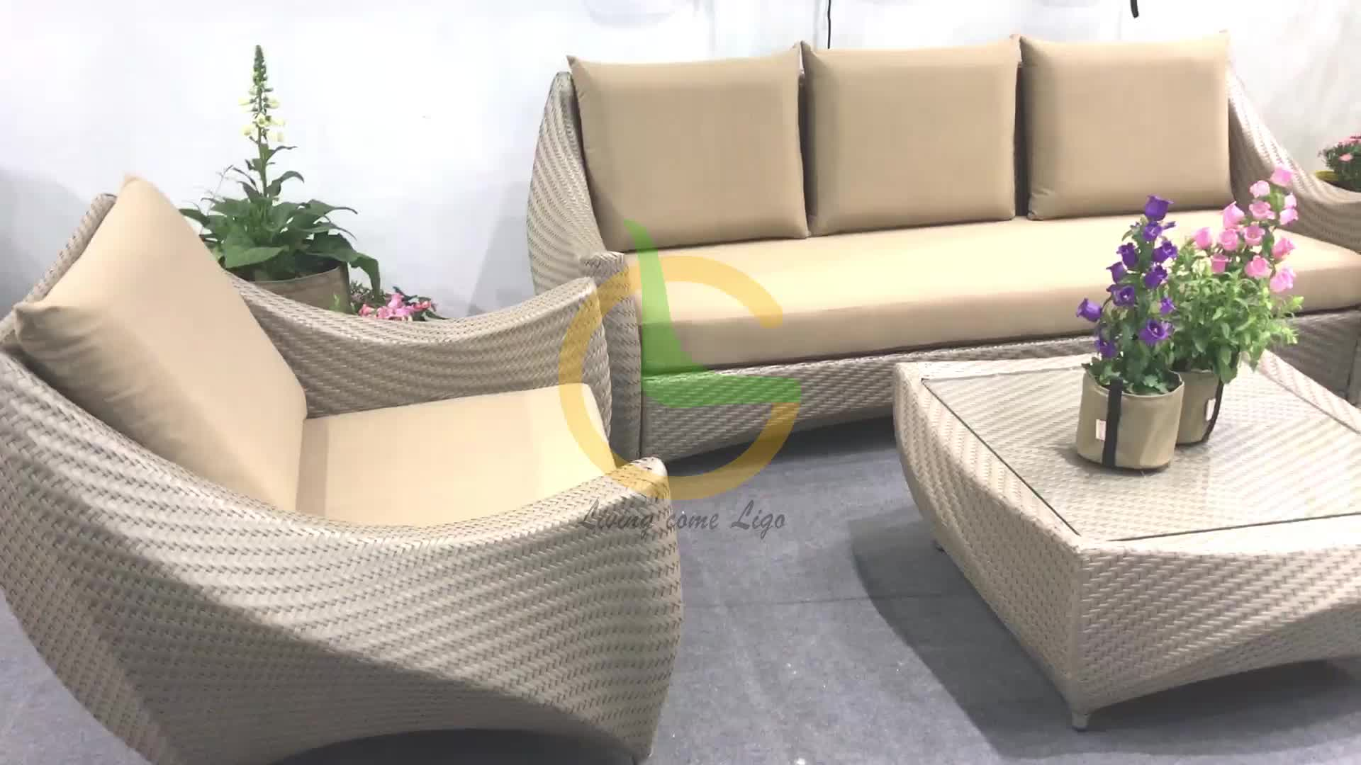 Weather resistant high quality hotel project customized KD indoor outdoor patio pe rattan furniture set