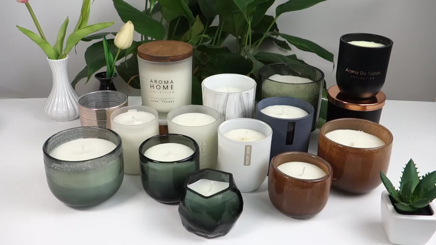 2019 Newest Hot Selling 3 Wicks Luxury Scented Candle in Glass Container with Gift Box