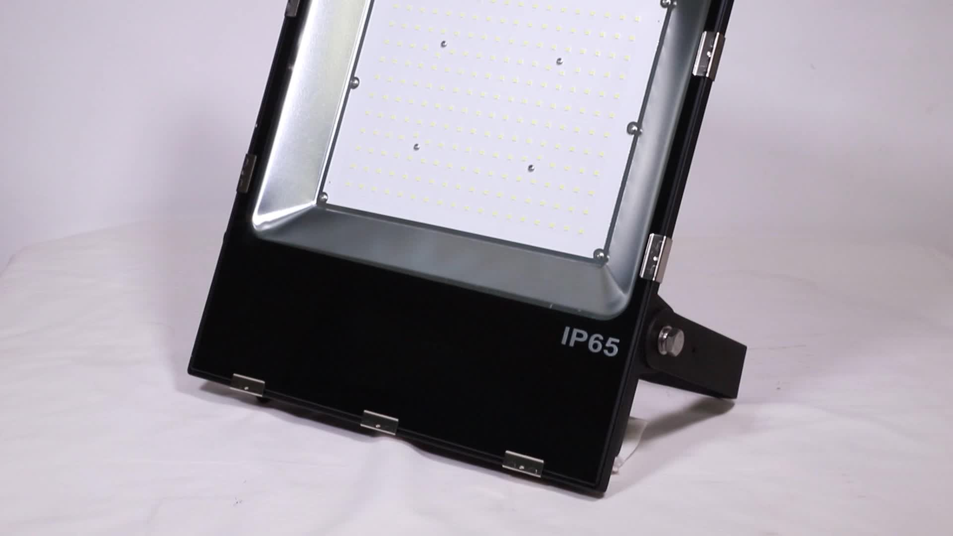 LUXINT economy factory direct sale low price high power super bright led flood light 150w