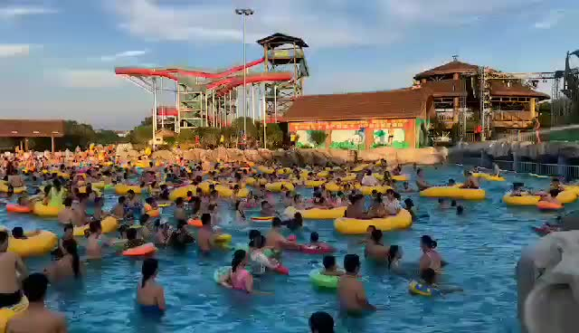 Water Park River Floating Tube Inflatable Single Tube With Handles
