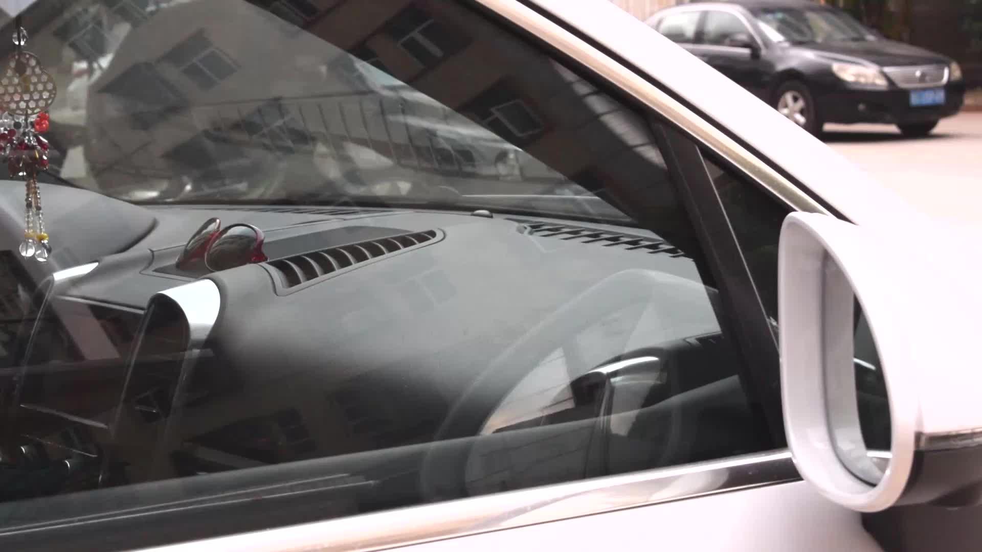 Kaymaz Yıkanabilir Kullanımlık Oto Araba Dashboard İç Dekorasyon telefon dağı