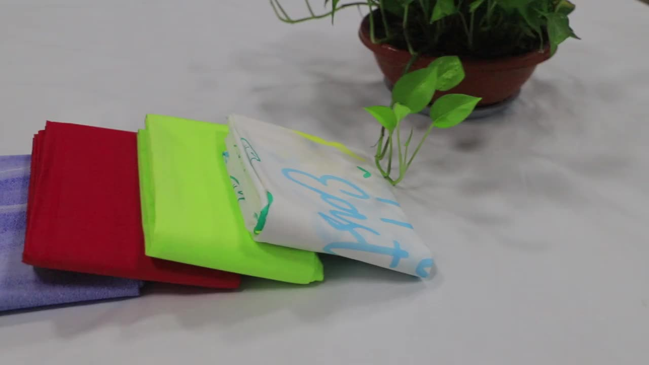Environmental Protection Paper Materials Disposable Table Cover Customizable Size And Logo Paper Table Cloth