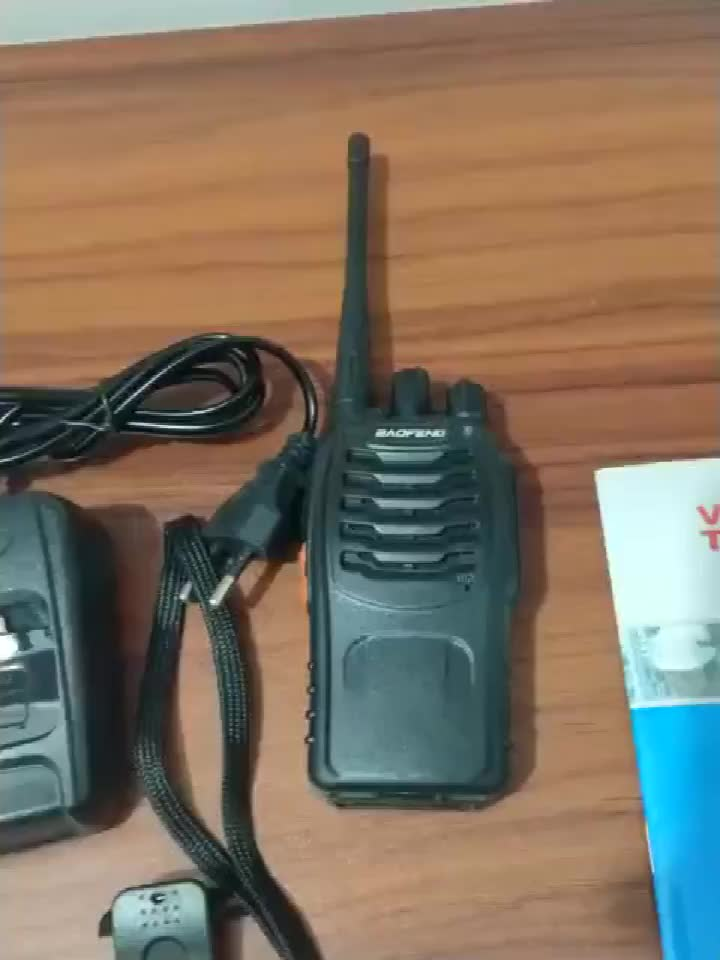 Cheaper price Wireless Long range walkie talkies BF-888S for home security radio 5W Handheld two way radio  with battery save