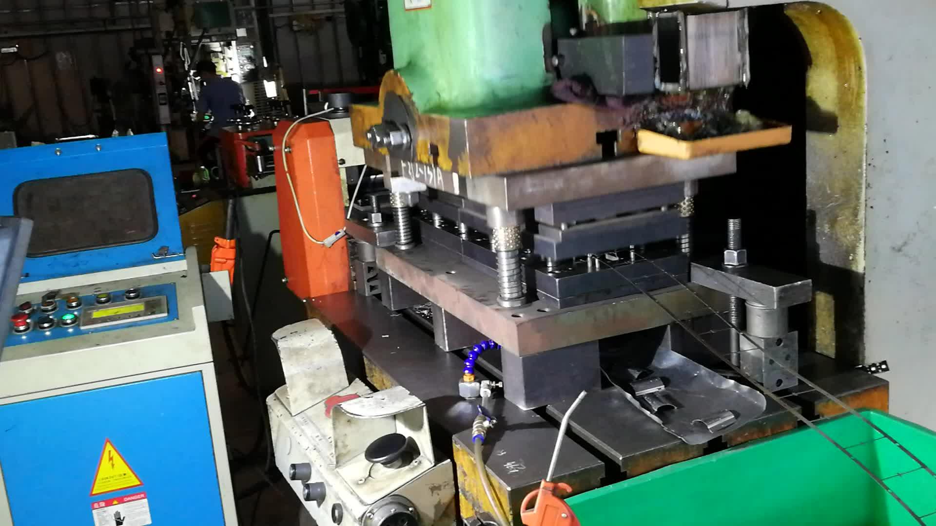 Usine expérimentée produire accessoires en métal personnalisé estampage pièces