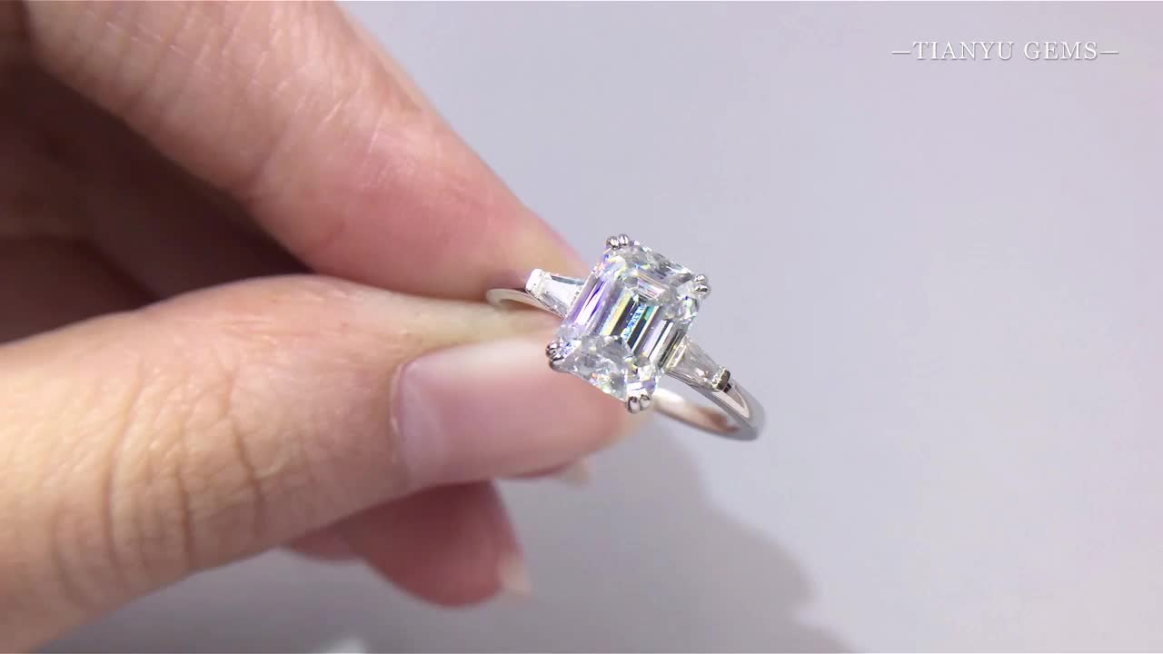 Tianyu gems 14k/18k real white gold three stone ring 7*9mm emerald cut moissanite engagement wedding band for woman