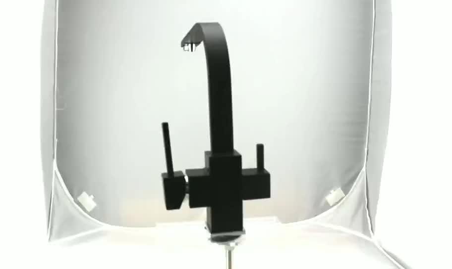רב Funtion אוזון מחולל מים מטהר מטבח ברז שחור צבע (SK-3309B)