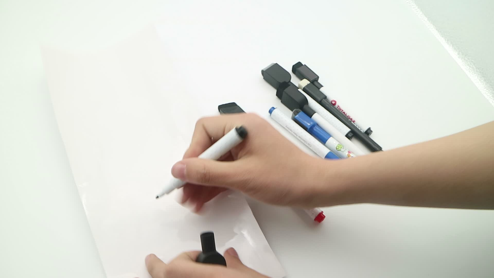 Classic Colors Low Odor Magnetic Dry Erase Markers With Erasers, Assorted Colors Whiteboard ink pen