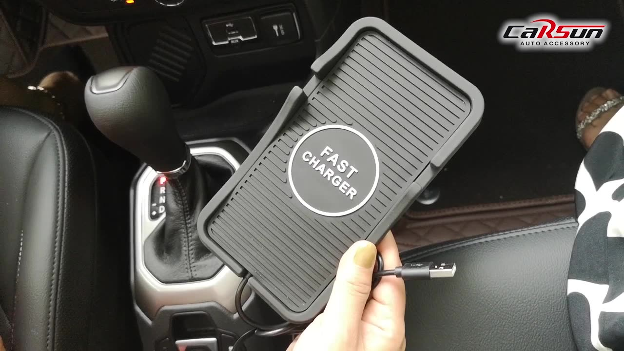 Wholesale car phone anti-slip mat wireless chargeable mobile phone mat in stock