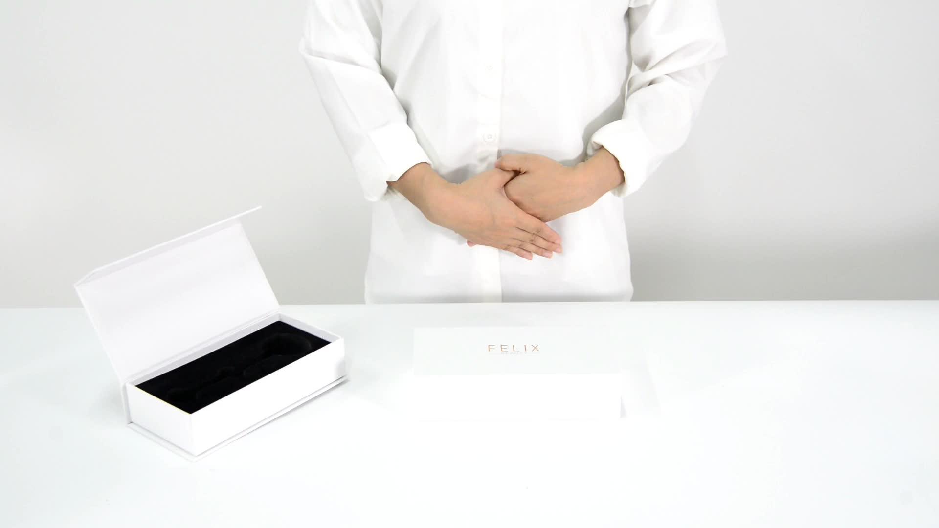 Custom Design Luxury White Jade Beauty Roller Packagibg Cardboard Magnetic Closure Gift Box With EVA