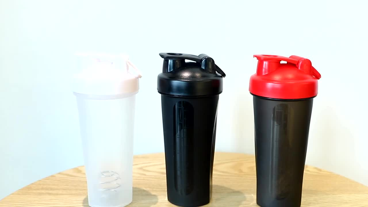 Wholesale 600ml Colorful Eco Friendly Custom Logo Plastic Gym Protein Shaker Bottle
