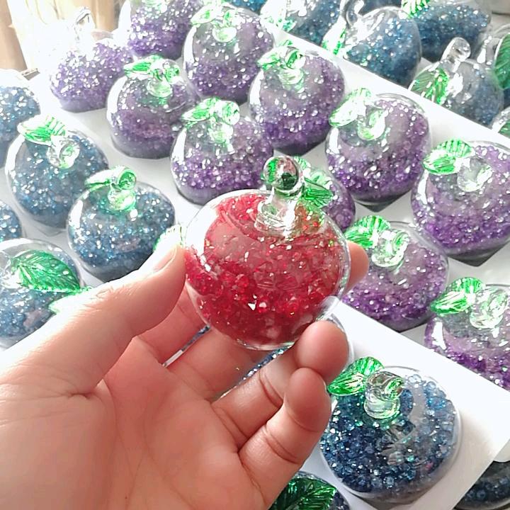 Wholesale Custom 50ml 75ml 100ml crystal diamond apple shape hanging car diffuser glass perfume bottle with spray glass bottle