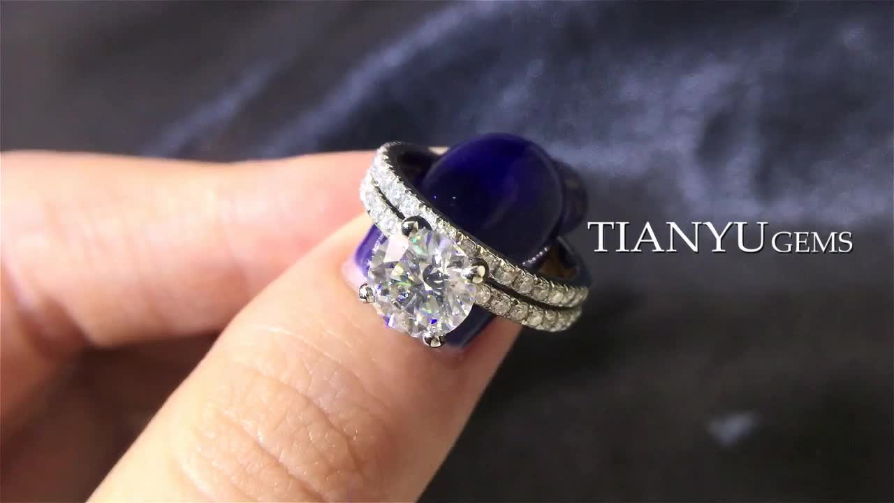 Tianyu customized 14k/18K gold cushion cut diamond moissanite Engagement ring