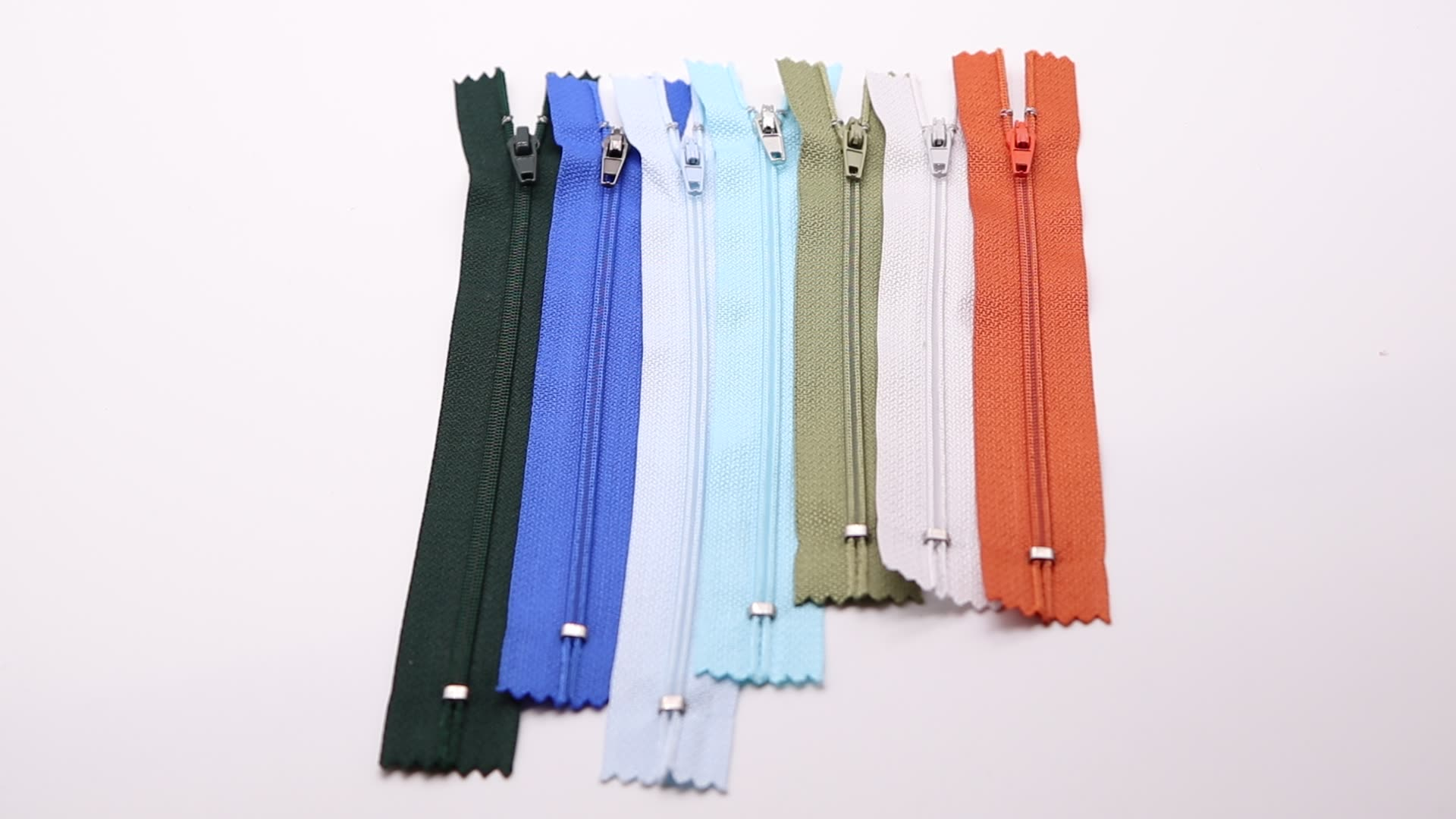 wholesale colorful bag zipper small zipper nylon zipper #3 for pants