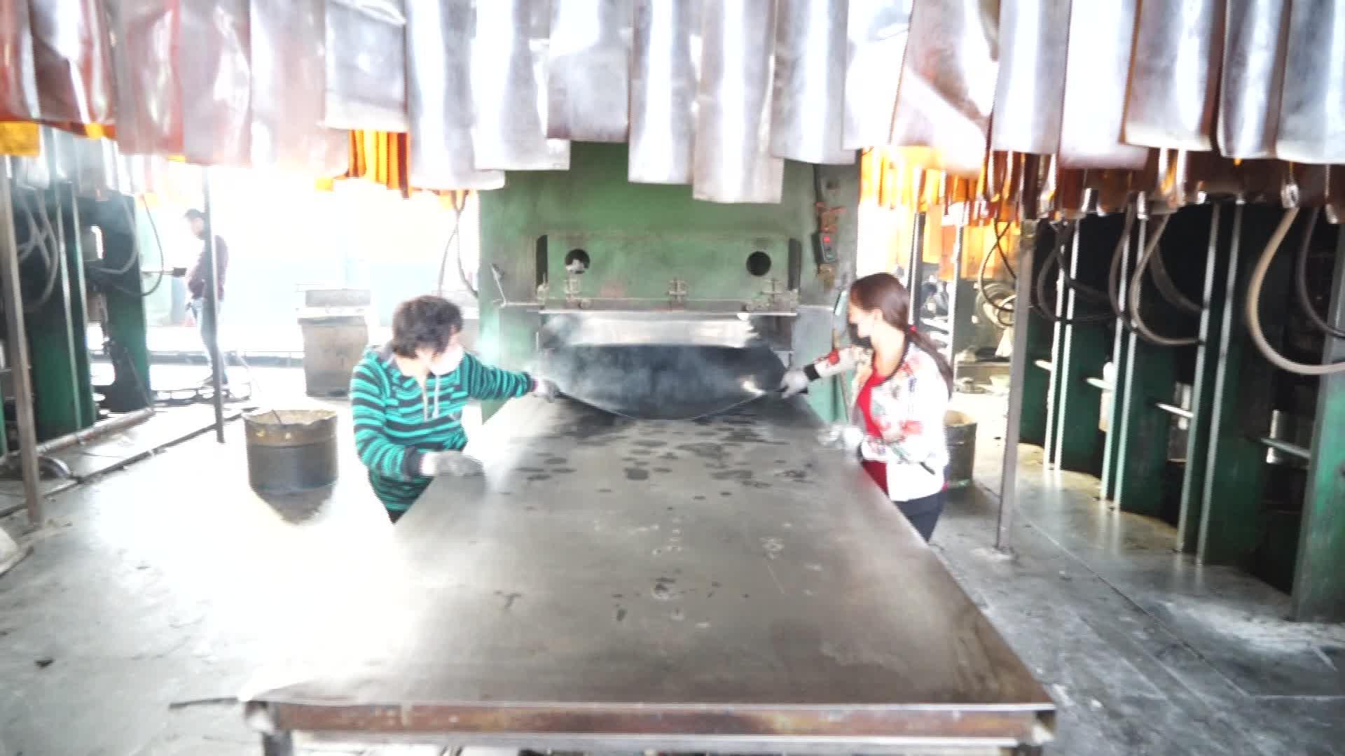 Trung quốc nhà máy công nghiệp cao su tổng hợp epdm sbr cao su tấm cr cuộn cao su tấm cao su 12mm dày