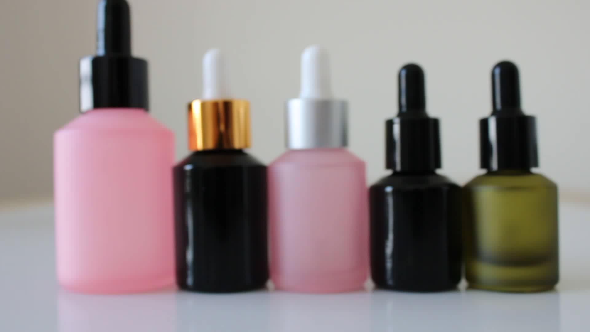 متجمد الوردي 30 مللي قطارة زجاجية زجاجة زيت أساسي زجاجة مستحضرات التجميل مع غطاء