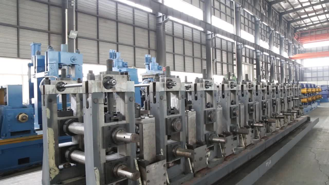 Hot Sales New Condition OD 1 1/2 inch  Welded Pipe Line Made in China