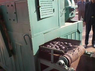 פחם כדור לבנית מכונת הקש על מכירה