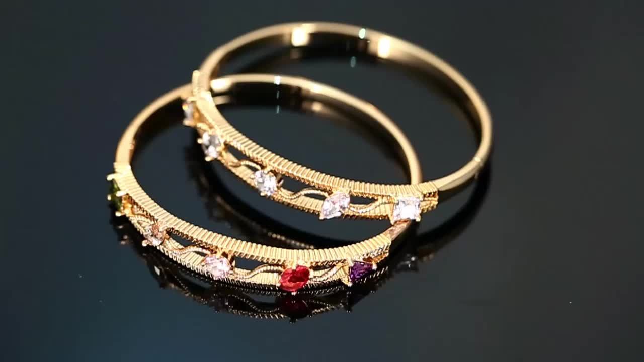 51492 Xuping Jewelry Hot Sale Fashion 18K Gold Plated  Bangles with Stone