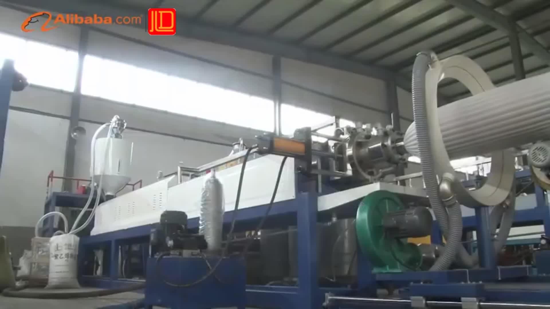 Extrudiermaschine aus expandiertem PE-Kunststoffschaumstoff