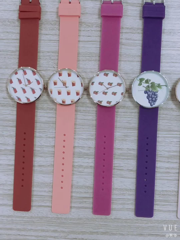Новый стиль Мода Пользовательские женский силиконовый часы Японии движение кварцевые часы для дам
