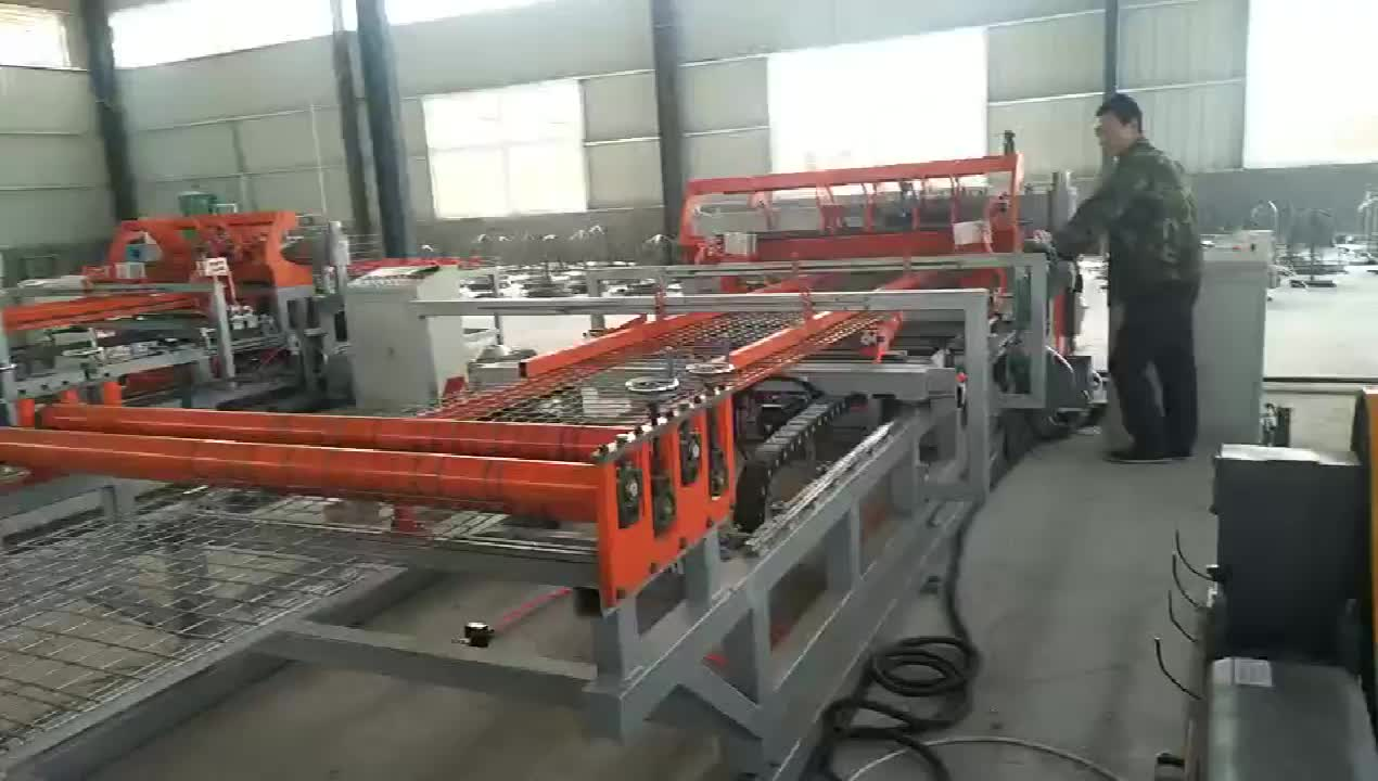 2019 Hot sale Chinese supplier full automatic chicken cage mesh welding machine