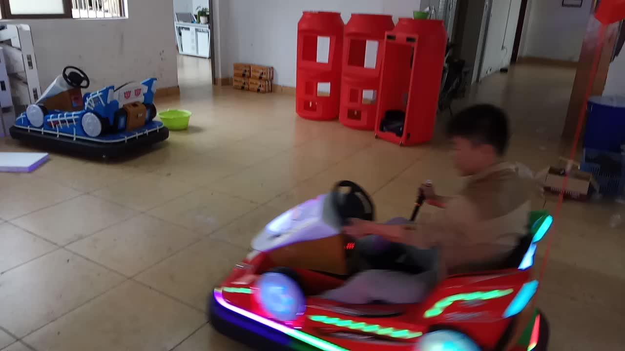 Télécommandes Dérive Parc D'attractions de Bonne Facture Coloré Pour Enfants Auto Tamponneuse