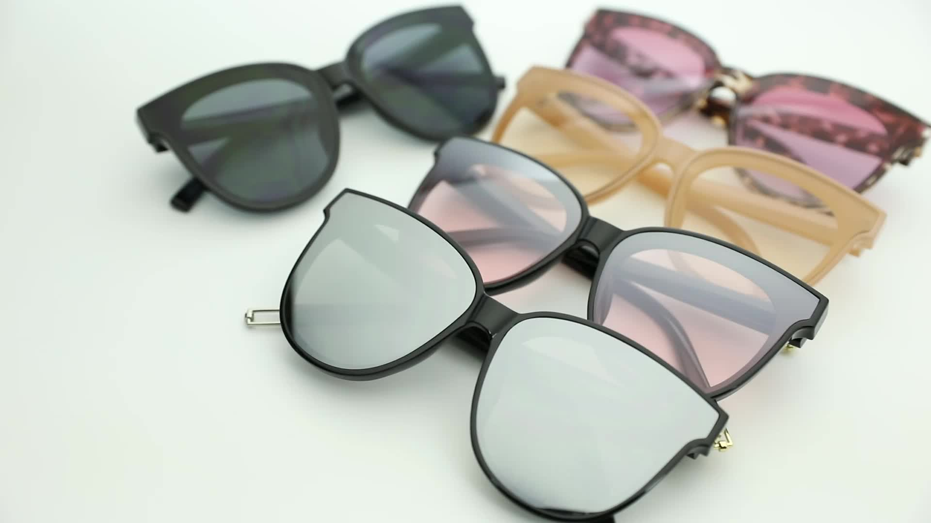 KUAN FASHION Brand Manufacturers 2019 Custom Designer Retro UV Sunglasses Butterfly Frame Vintage Sun Glasses For Men Women