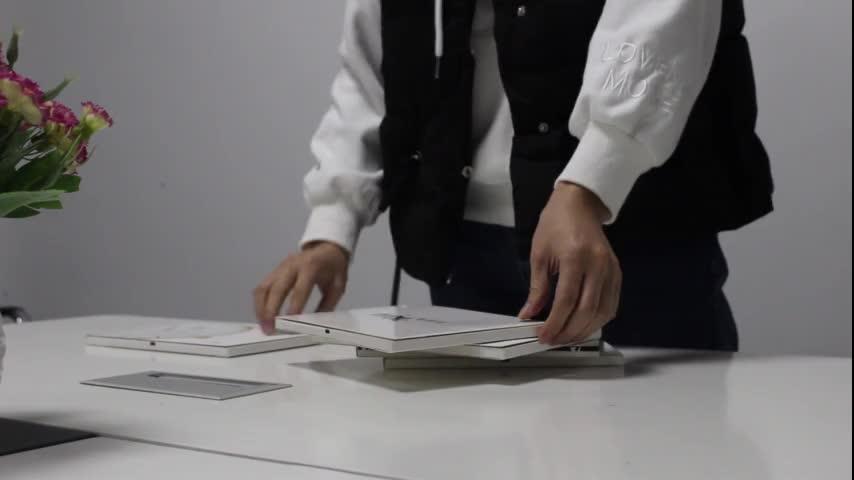 เครื่องสำอางค์ LCD วิดีโอ 7 นิ้ว PU หนังปกหนังสือโบรชัวร์