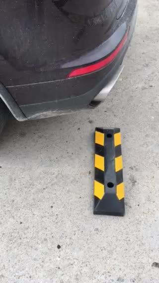 Robuste Jaune + Noir Dans Autres Chaussée Produits 90 CM Voiture Parking Bouchon de Roue En Caoutchouc