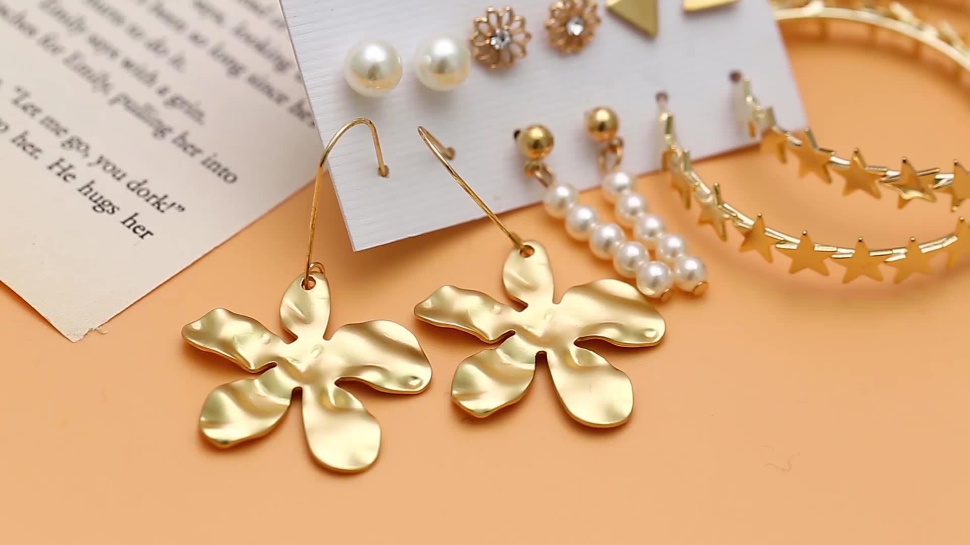 2020 Fashion Trendy Earring Set Popular Jewelry Mixed Designs Pin Post Hoop Earrings Set Resin Pearl Tassel Designs for Women