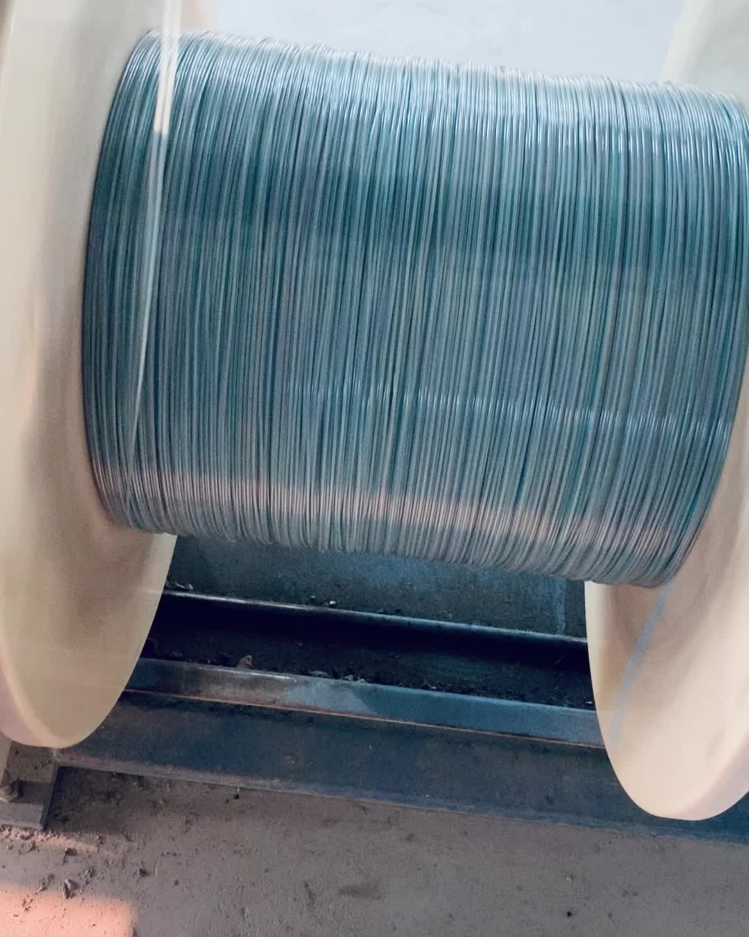 Single Mode Muliti Mode Armoured Fibre Optic Cable GYTA 4/6/12/24 /48Core Cable 1/2/3/4/5 KM/drum