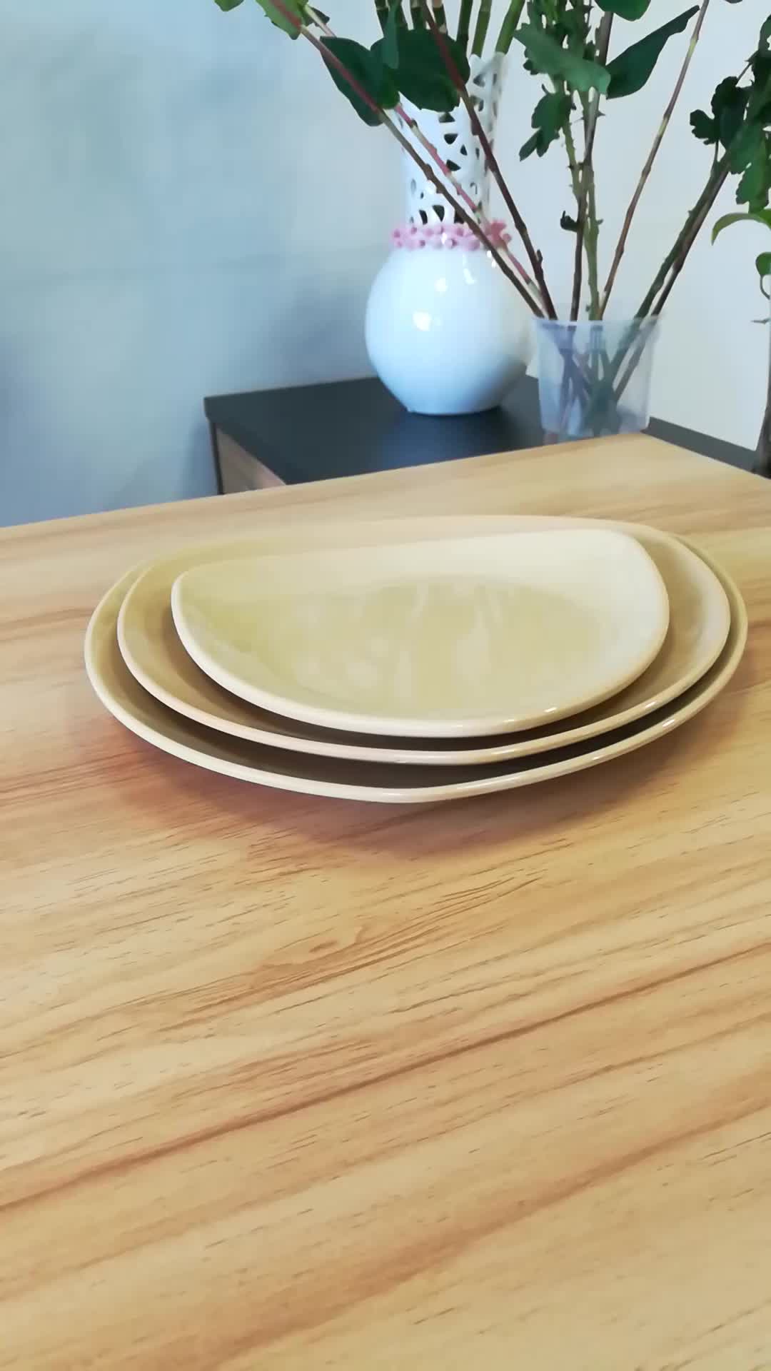 Triangle Bamboo Fiber Dinner Service Plate Sets 8.5' 9 10.5' Available FDA