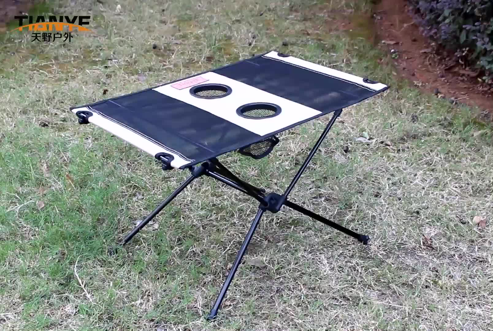 Wholesale New Design Outdoor Camping Table Aluminum picnic Folding Table