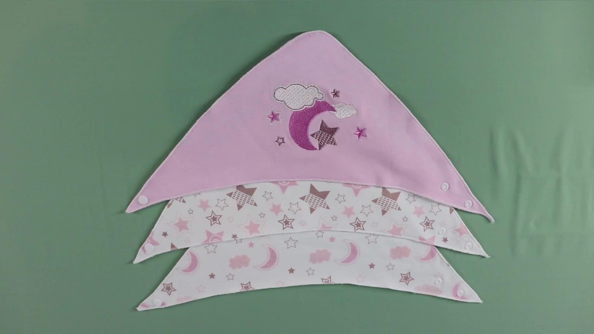 ผ้าฝ้ายนุ่ม 100% ปักทารกสามเหลี่ยมให้อาหารผ้าเช็ดตัวผ้าเช็ดตัวทารก