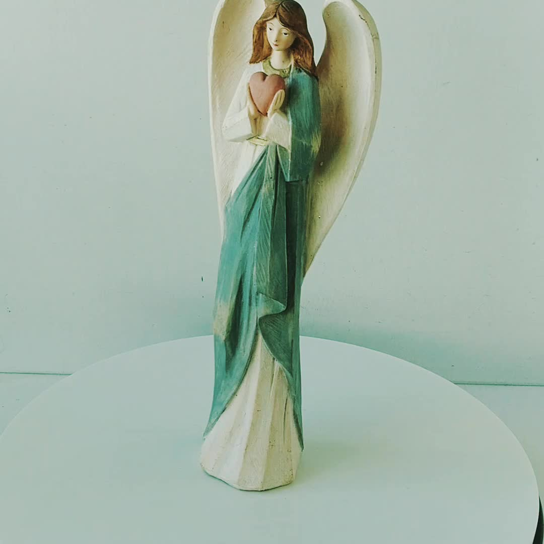12 Inch Whole Sale Resin Statue Hand Painted Resin Figurines Resin Wing Angel Figurine Models with Red Heart