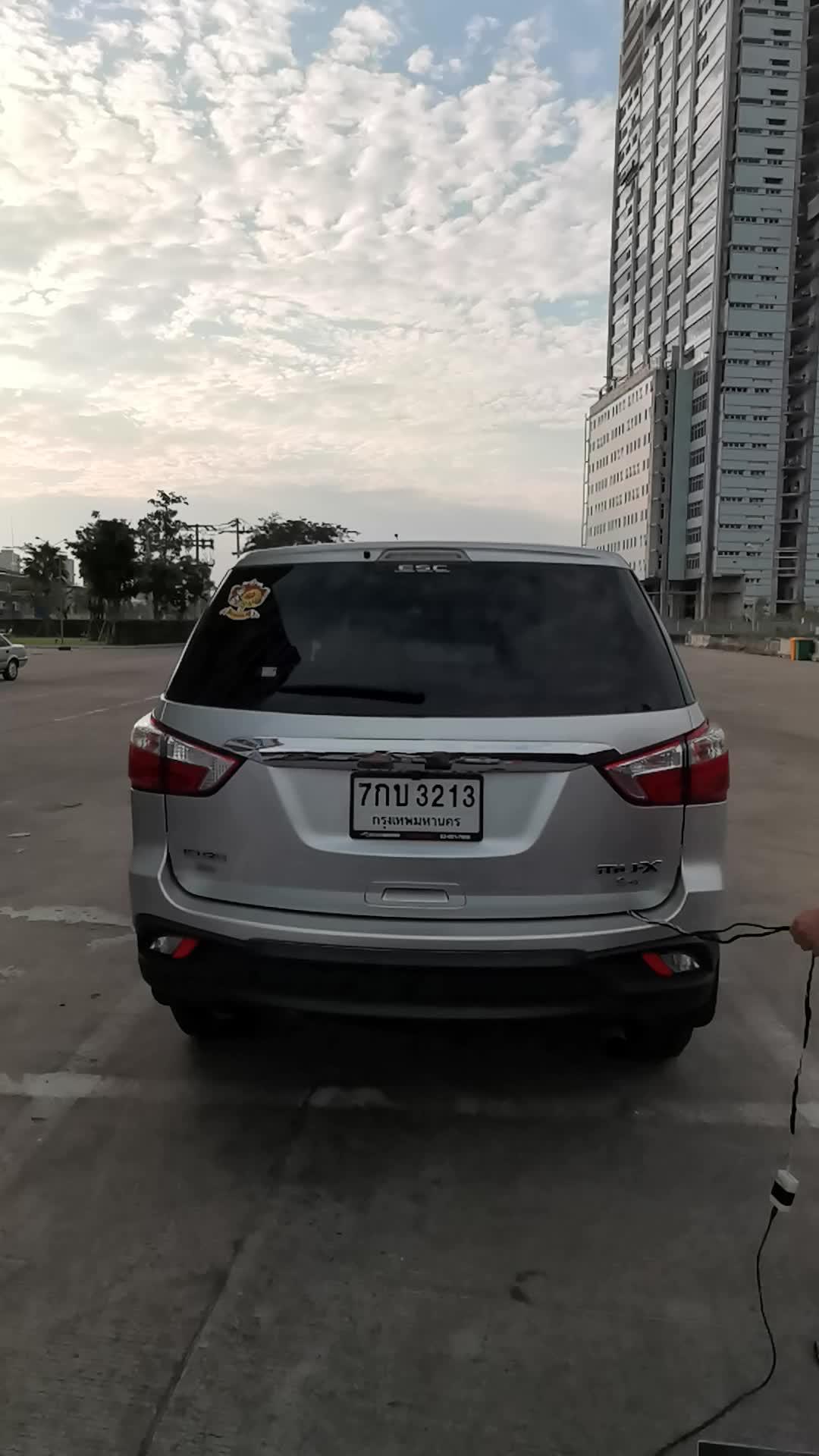 Автоматически открыть аксессуар автомобиля часть Смарт Электрический багажника лифт для mux