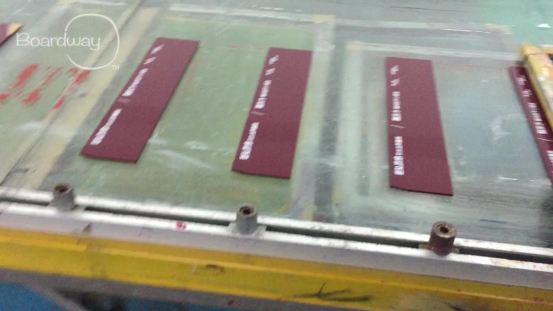 Feuille acrylique teintée pour la découpe laser et l'impression sur soie