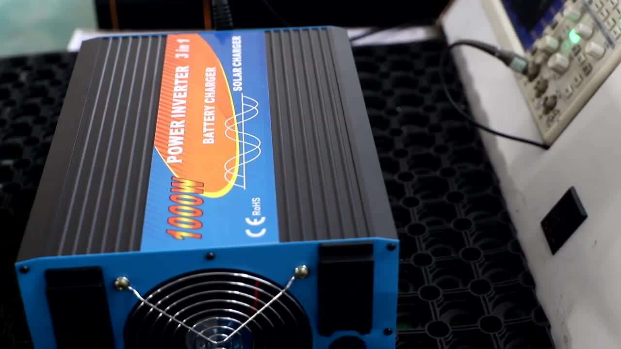 3000w 混合太阳能逆变器,带 mppt 充电器电池充电器太阳能控制器 dc 至 ac 24v 230v